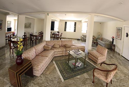ohotel-lounge